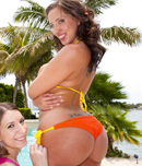 Pic of Kelly Divine in blowjobfridays episode: Cock sucker pro