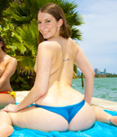 Pic of Sydney Thomas in assparade episode: Big Ass Combo w/Kelly Divine & Sydney Thomas
